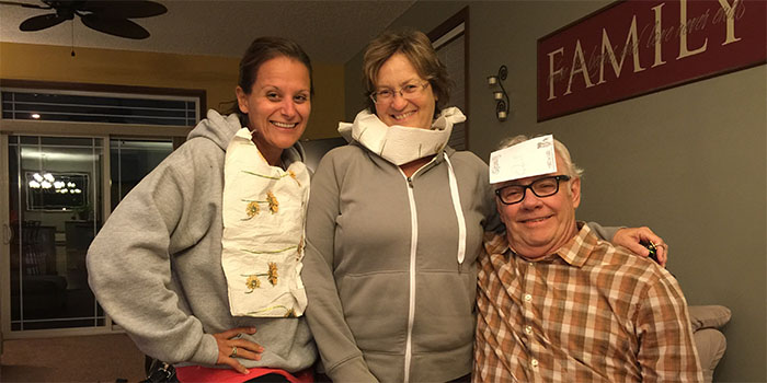 Nikki Mom & Dad - Quelf